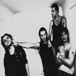 Live 1982 Dead