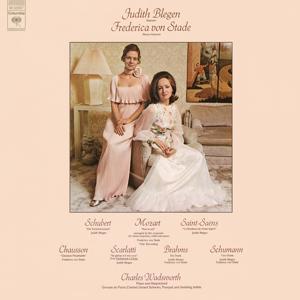 Frederica von Stade and Judith Blegen Sing Arias and Duets